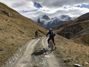 7 - Dans le vallon du Ga encore 5 km de glisse pour rejoindre le Chazelet puis La Grave